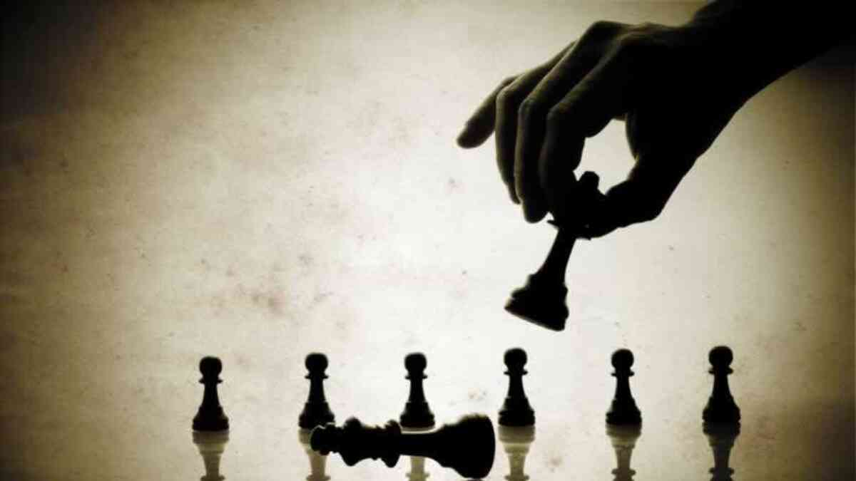 How to Choose the Right Competitive Strategy
